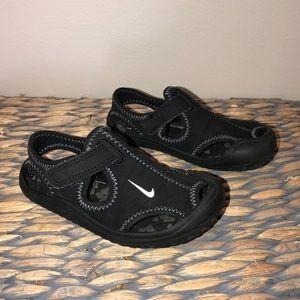 Kids Nike sandals